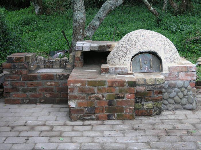 Cob Oven A Picture Diary Of Making One